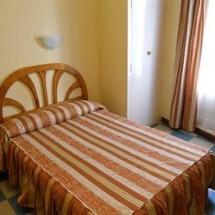 hostales-donde-dormir-3-las-rozas-de-madrid-espana-min